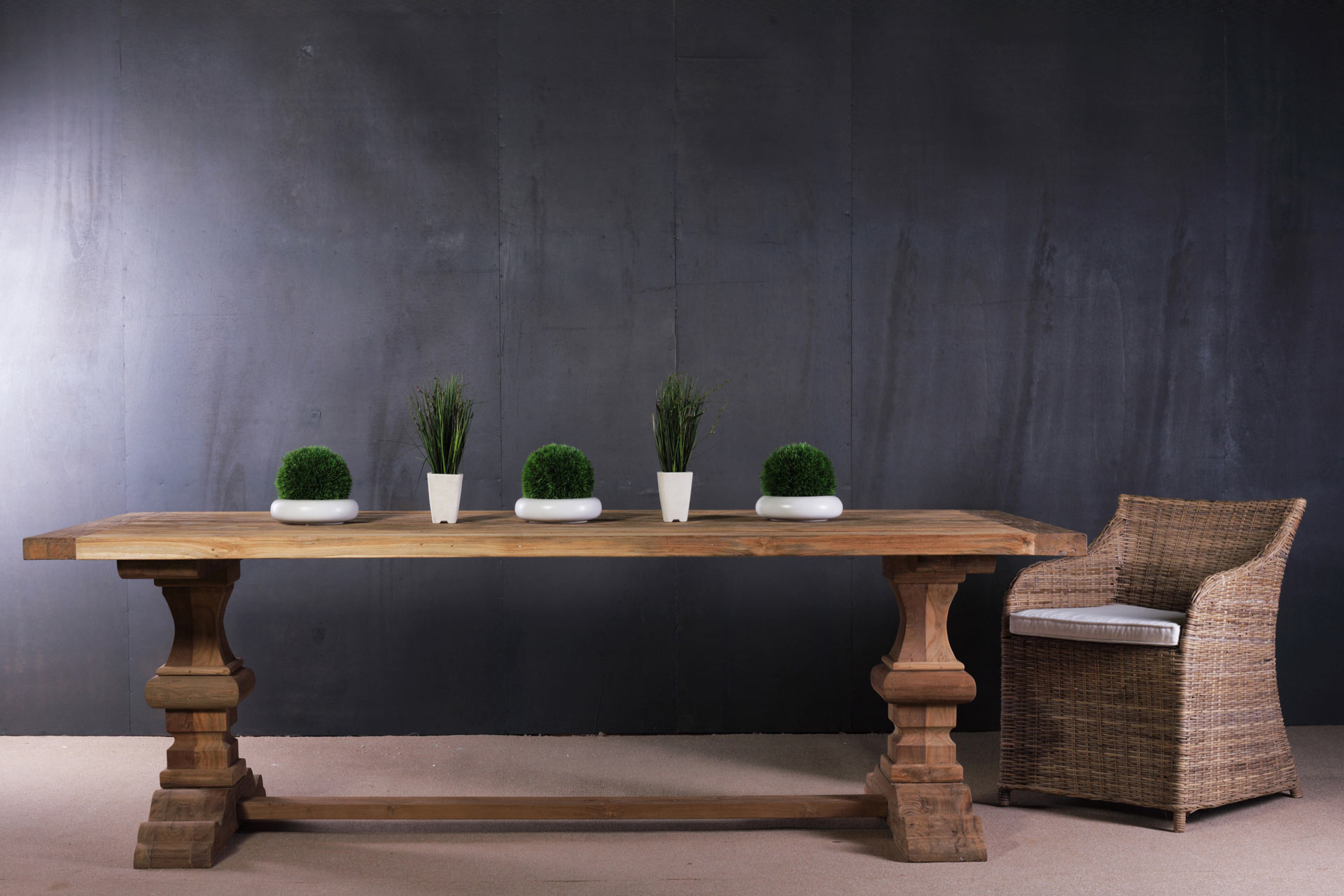 Meble ogrodowe drewniane rattanowe artykuły dekoracyjne wyposażenie